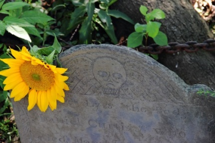 A grave stone at